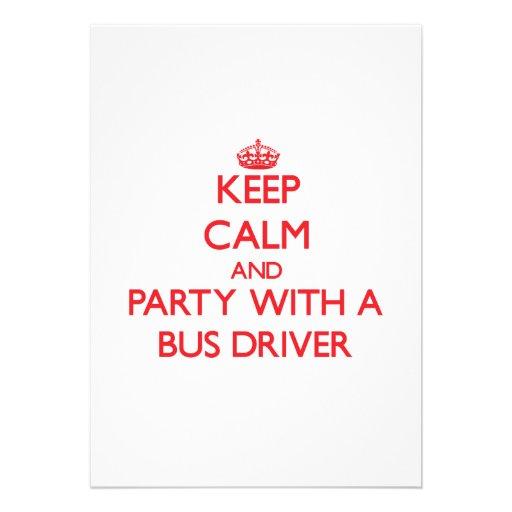 Mantenha a calma e o partido com um condutor de au convite personalizado
