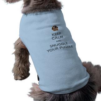Mantenha a calma e Snuggle seu TSHIRT do CÃO de Camisa Sem Mangas Para Cachorro