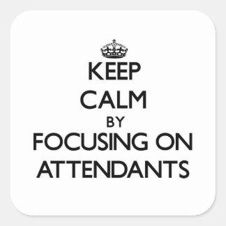 Mantenha a calma focalizando em assistentes adesivos quadrados