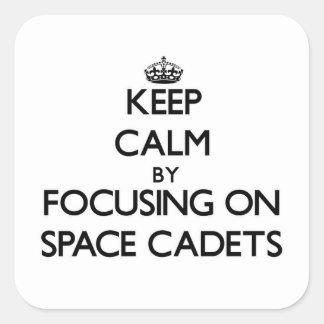 Mantenha a calma focalizando em cadete do espaço
