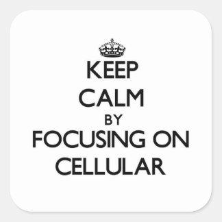 Mantenha a calma focalizando em celular adesivo quadrado