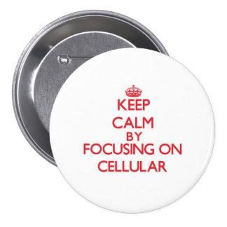 Mantenha a calma focalizando em celular boton