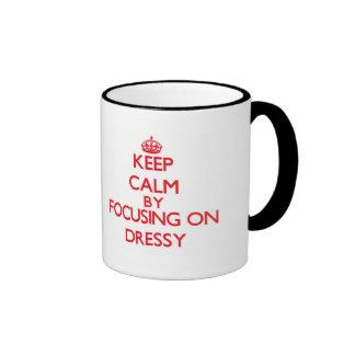 Mantenha a calma focalizando em Dressy Caneca Com Contorno
