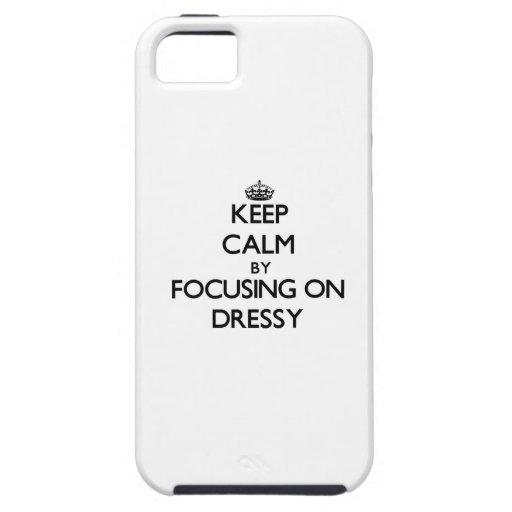 Mantenha a calma focalizando em Dressy iPhone 5 Capas