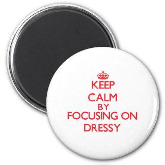 Mantenha a calma focalizando em Dressy Ima De Geladeira