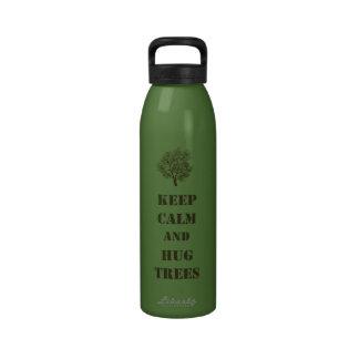 Mantenha árvores calmas garrafa de água esportiva