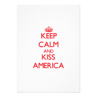 Mantenha calmo e beijo América Convite Personalizados