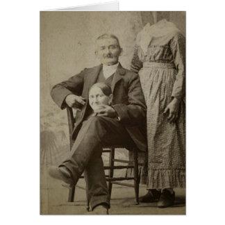 Marido assustador engraçado do vintage e esposa cartão comemorativo