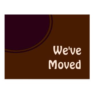 marrom roxo nós movemos o anúncio cartão postal