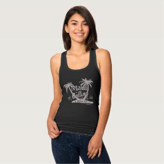 Maui está chamando o tanque das mulheres t-shirts