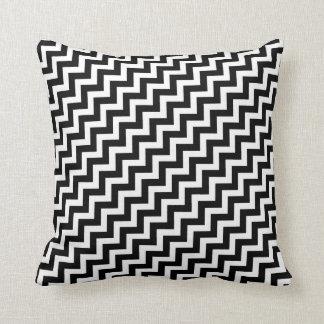 Megwan preto e branco travesseiro de decoração