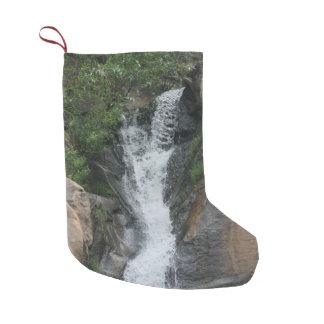 Meia De Natal Pequena Cachoeira da garganta
