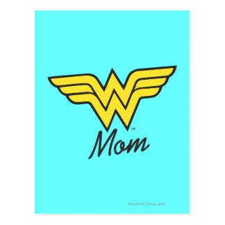 Meios mistos da mamã da maravilha cartão postal