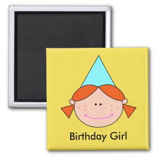 Menina do aniversário - ímã redondo da polegada de ímã quadrado