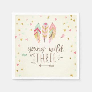 Menina do ouro selvagem novo e do guardanapo três
