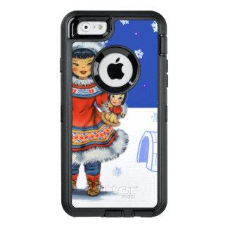 Menina Eskimo pequena com iglu e neve da boneca