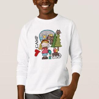 Menina loura eu amo t-shirt do acampamento