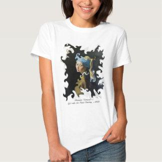 Menina torcida de Vermeer da arte com o brinco da Tshirt