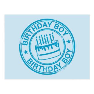 Menino do aniversário - efeito azul do carimbo de cartão postal
