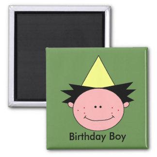 Menino do aniversário - ímã redondo da polegada de ímã quadrado