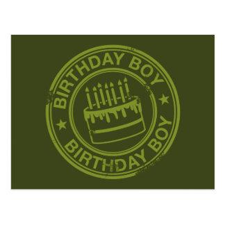 Menino do aniversário - verde do efeito do carimbo cartão postal