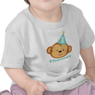 Menino do macaco do primeiro aniversario com nome  tshirts
