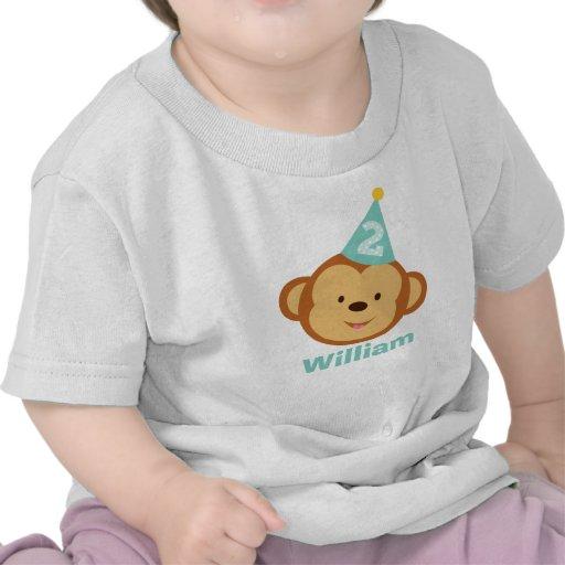 Menino do macaco do segundo aniversário com nome p tshirts