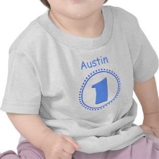 Menino do primeiro aniversario um nome grande V118 Camisetas