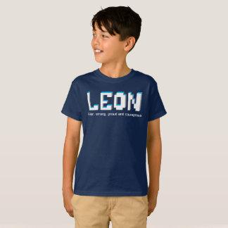 Meninos nome de Leon e texto dos pixéis do Camiseta