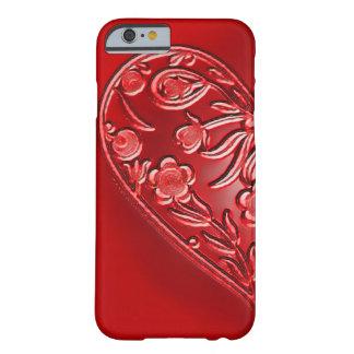 Metade-Coração floral do Grunge vermelho Capa iPhone 6 Barely There