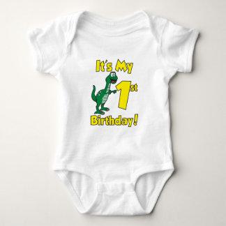 Meu primeiro dinossauro do aniversário t-shirts