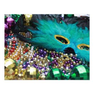 Miçanga do carnaval & máscara verde da pena convite personalizados