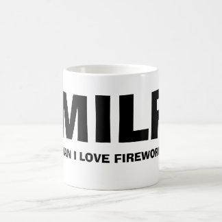 MILF - ELE j LOVE FIREWORKS Caneca De Café