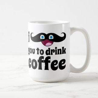 Mim bigode você para beber o café caneca