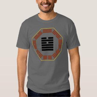 "Mim Hexagram 5 Hsu de Ching ""que espera "" Tshirts"