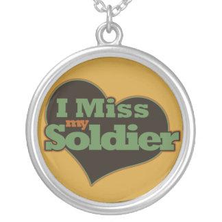 Mim senhorita meu soldado colar com pendente redondo