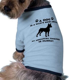 Minha família do pinscher diminuto, seu cão apenas roupas pet
