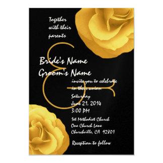 Modelo branco preto amarelo dos rosas do casamento convite 12.7 x 17.78cm