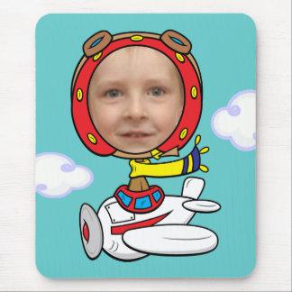 Modelo piloto engraçado da cara da foto