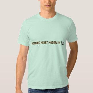 Moderate do coração de sangramento camisetas