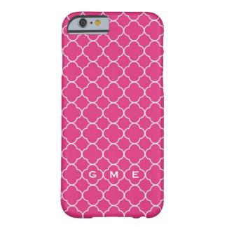 Monograma do rosa quente 3 do teste padrão do capa barely there para iPhone 6