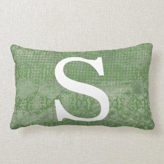 Monograma inicial verde silenciado almofada lombar