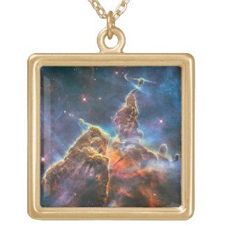 Montanha mágica colar banhado a ouro