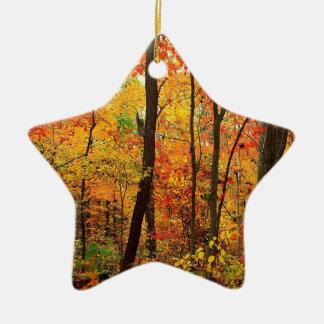 Montanhas apalaches carmesins da floresta ornamento para arvores de natal