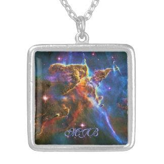 Montanhas místicos de Monongram - nebulosa de Colar Banhado A Prata