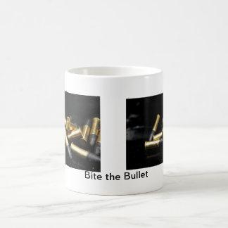 Morda a bala caneca de café