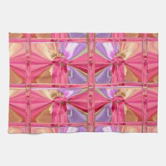 Mostra feliz do sorriso elegante do rosa cor-de-ro toalhas de mão