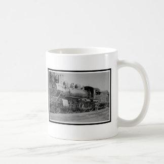 Motor de vapor locomotivo da estrada de ferro do caneca
