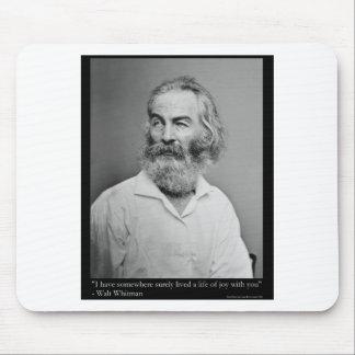 Mousepad A alegria de Walt Whitman com você ama as camiseta