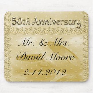 Mousepad Bandas douradas do aniversário do grupo do amor
